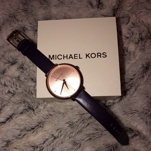 Michael Kors Watch with box *Never Worn*